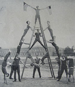 Young gymnasts in 1903 from the Turngemeinde